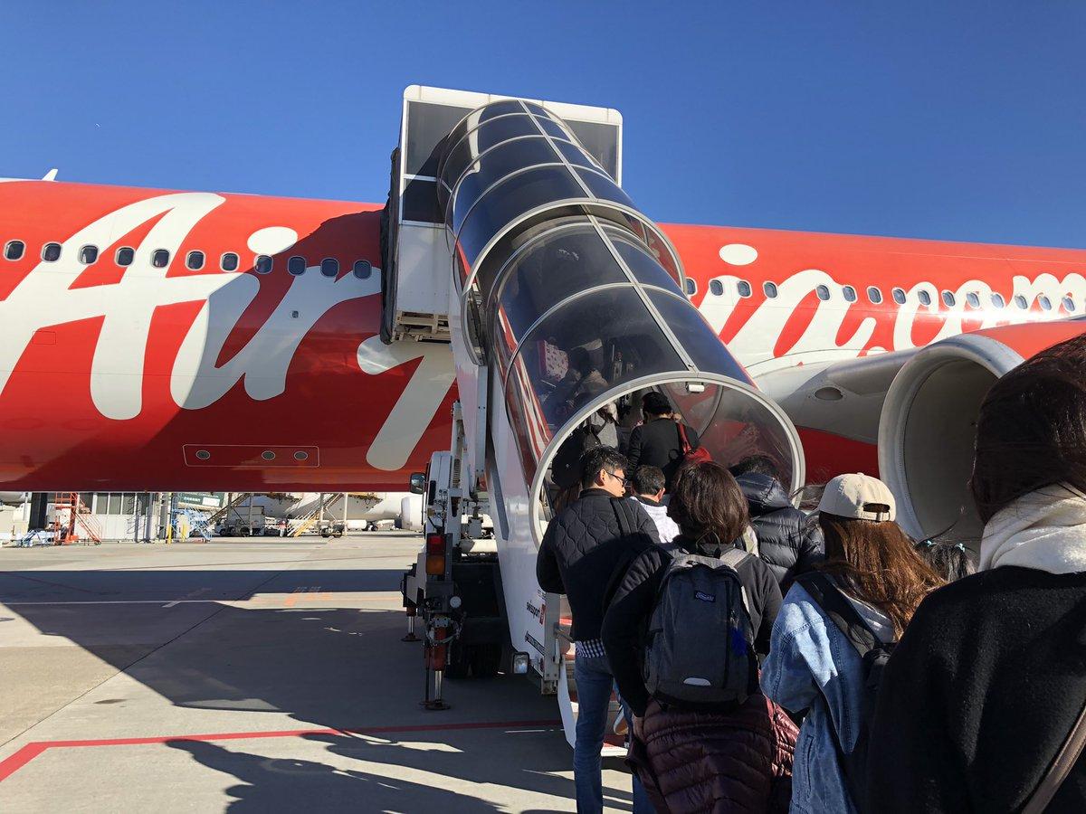 513 事件 航空 サンチアゴ 便