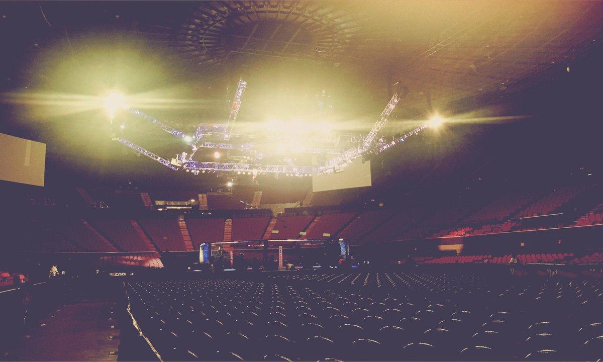#UFC232 (at @TheForum in Inglewood, CA) https://t.co/r1Q1W9XnCv