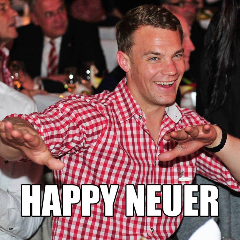 RT @FCBayern: Happy Neuer! 😀 https://t.co/9HLwHZl0o6