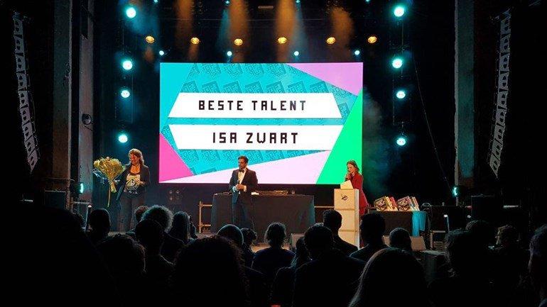 test Twitter Media - Tijdens het Popgala Noord in het Grand Theatre in Groningen is zowel zangeres Isa Zwart uit Emmen als het Meppeler bedrijf InterStage BV in de prijzen gevallen https://t.co/7bCrIw1ry3 https://t.co/dlTL222sYr