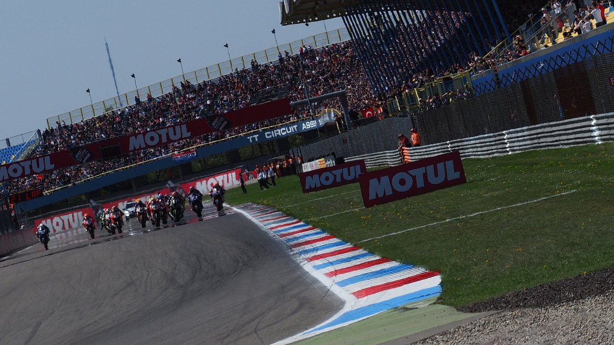 test Twitter Media - #WorldSBK in 2019: Breaking down the numbers💥  18 riders set to lock horns for the top prize of production-based motorcycle racing  📃| #WorldSBK https://t.co/8yqwC3F9Ih https://t.co/3868YMwn0H