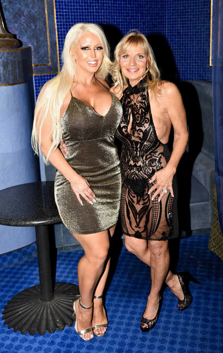 test Twitter Media - RT @AdultFilmFestLv: #AFFLV2019 All Star Weekend After Party @AluraJenson @PresleyStClaire Kickin things off https://t.co/a8n4x83N1k