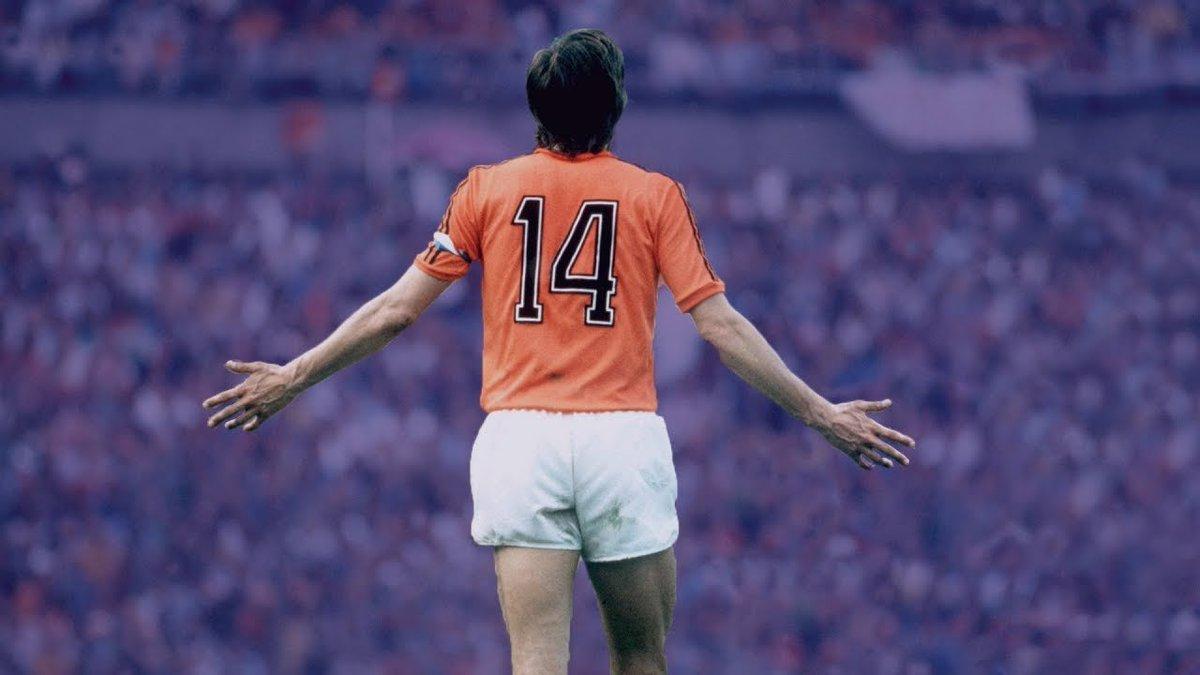 RT @pausse: De Arrascaeta vai vestir a 14. De Cruyff, um dos maiores de todos os tempos e pouco reverenciado. https://t.co/degbNPE7VH