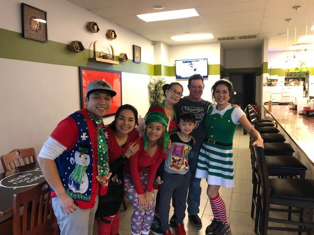 test Twitter Media - #TriMarkStrategic and Sticky Rice Café may still be reminiscing about the holiday season, but are still having a blast working on remodeling their kitchen! #LaotianCuisine https://t.co/ayUFYT7lJY