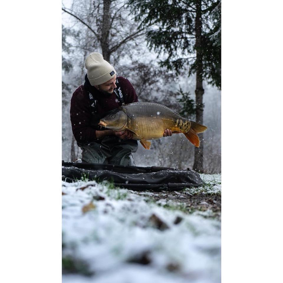 First snow pic of 2019 <b>Court</b>esy of carp art. #WinterSession #CarpFishing #vass https://t.co/w