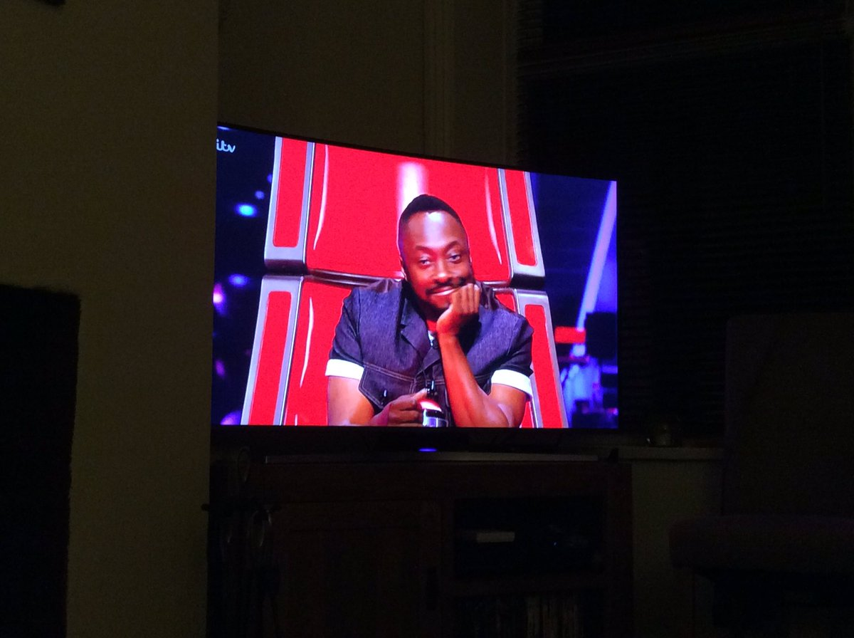 RT @bepempire1: Watching the voice! I'm so glad it's back on tv ❤️ favourite judge!!! @iamwill https://t.co/qYbKEDReaN