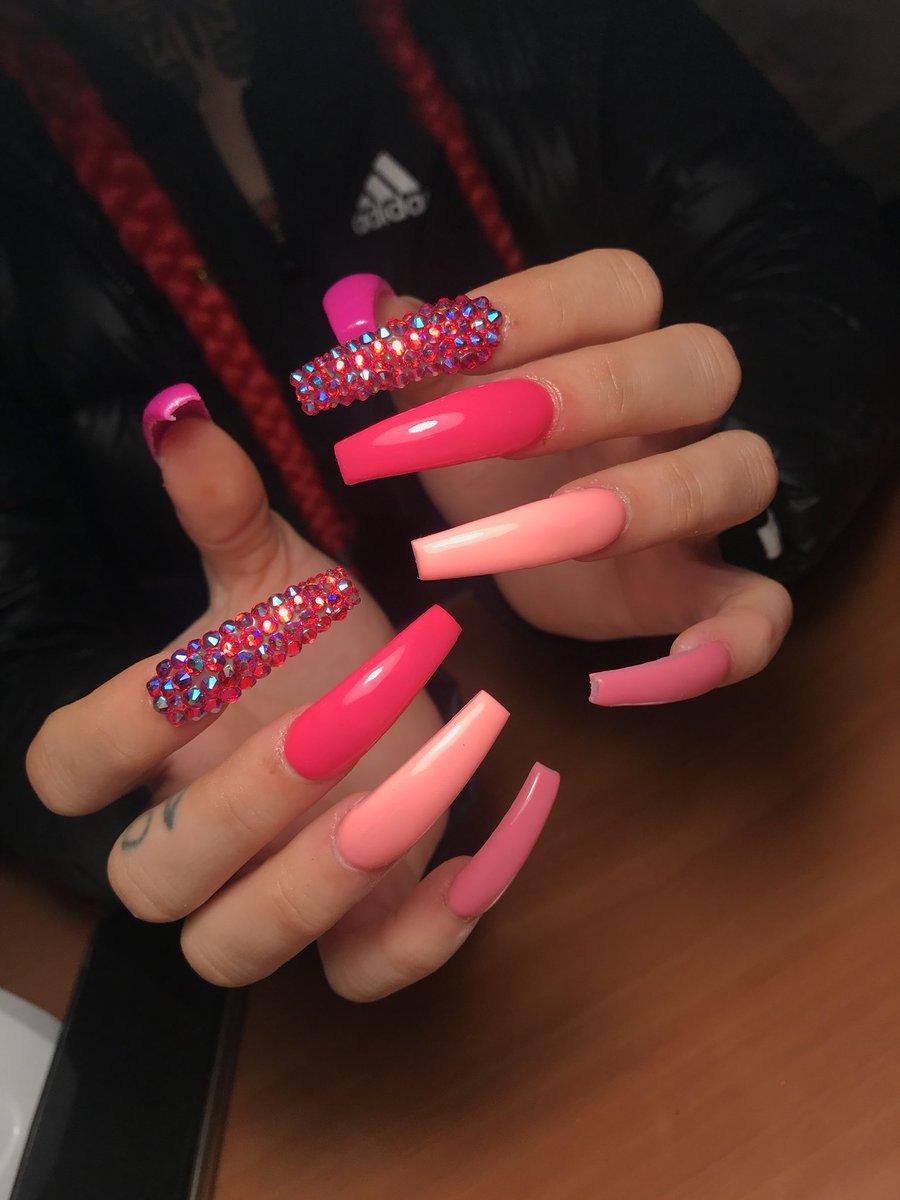 RT @DuttyGyal_: 50 shades of pink https://t.co/5reNIHcBCJ
