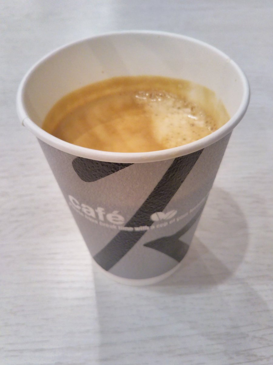"""1杯90円!  甘みが強く濃厚なブラックコーヒーが飲めるのは、高槻市営バス上の口or原大橋行きに乗って学園前降りたら目の前にある、 """"BAKERY SHOP POP EYE"""" で飲めます! https://t.co/8tfKYJbR1R"""