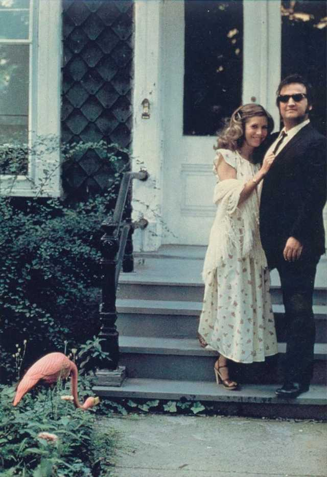 RT @GroovyHistory: Carrie Fisher and John Belushi on the set of