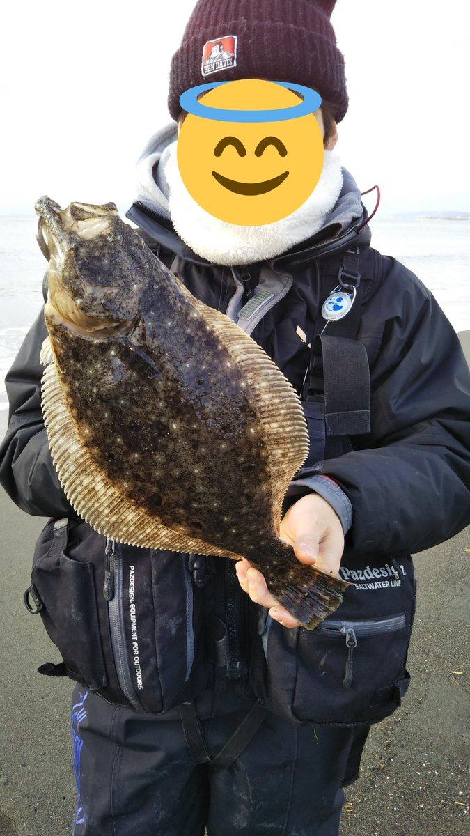 最近の湘南サーフでの釣果です。 どこも人がいっぱいですね #湘南サーフ #早大釣の会 https://t.co/EleYar1Kxj