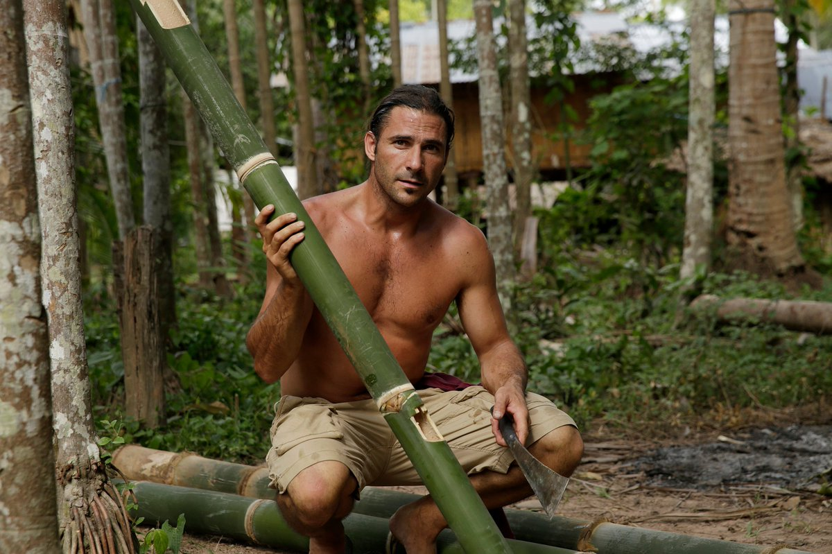 #PrimalSurvivor #MostExtreme looks back at Hazen's most #extremesurvival experiences. In ep2 @HazenAudel shares tips from local #tribespeople on how to survive in extremely remote forest locations. Have you got what it takes? Tune in #tomorrow 8PM @NatGeoUK #survivaltips #forests https://t.co/qBcYfr21RR