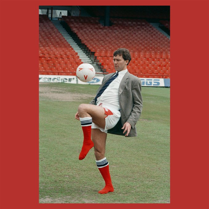 Happy Birthday Bryan Robson  This is definitely the best way to announce a player manager
