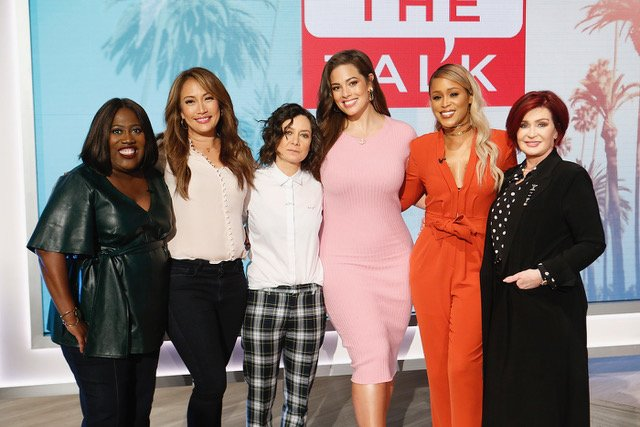 So much fun being on @TheTalkCBS! It's live on TV now, tune in to watch! ???? https://t.co/wszrjtbJNI