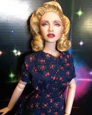Feeling Vulnerable in my floral Dress. ????????#tgif https://t.co/s3Oc4J54G0