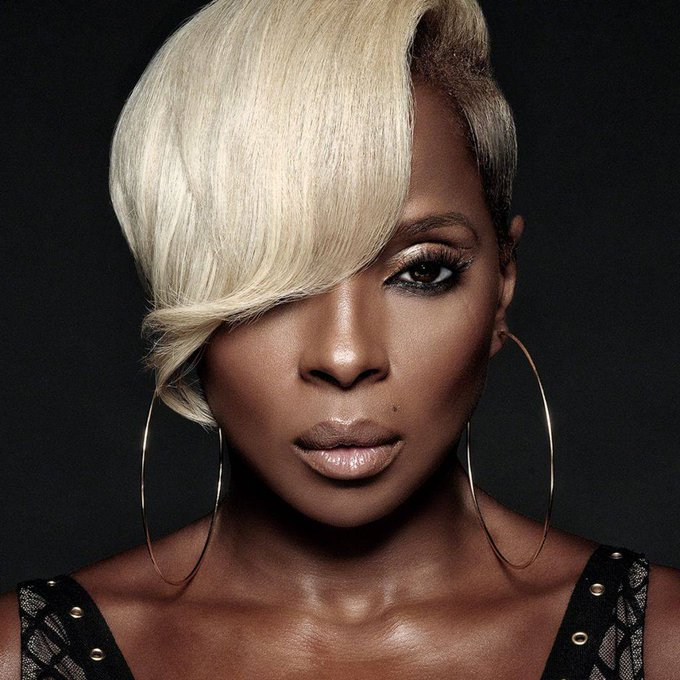 Happy Birthday to Mary J. Blige who turns 48 today!