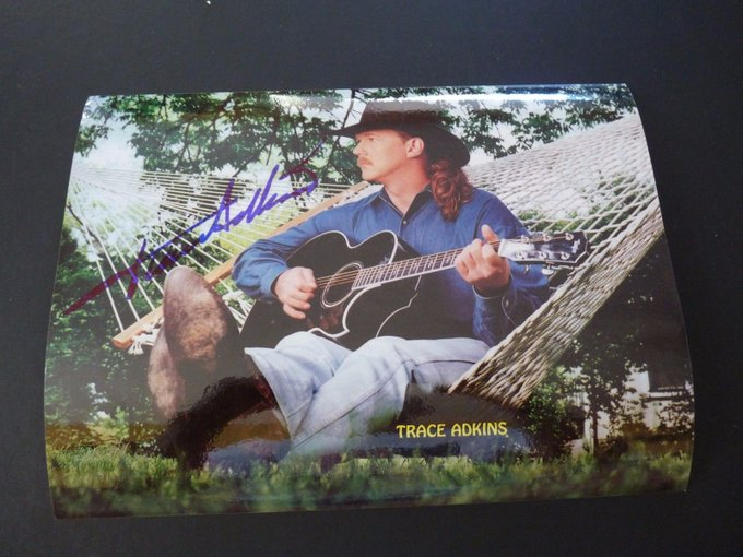 Happy Birthday, Trace Adkins!
