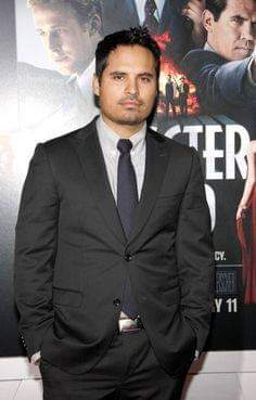 Happy birthday to the great actor,Michael Peña,he turns 43 years today