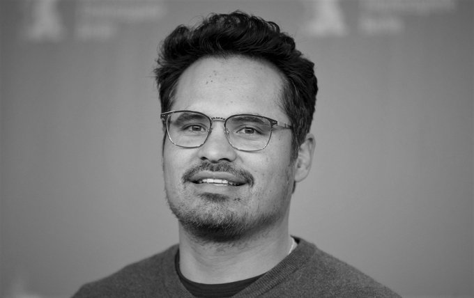 Happy birthday to Michael Peña!