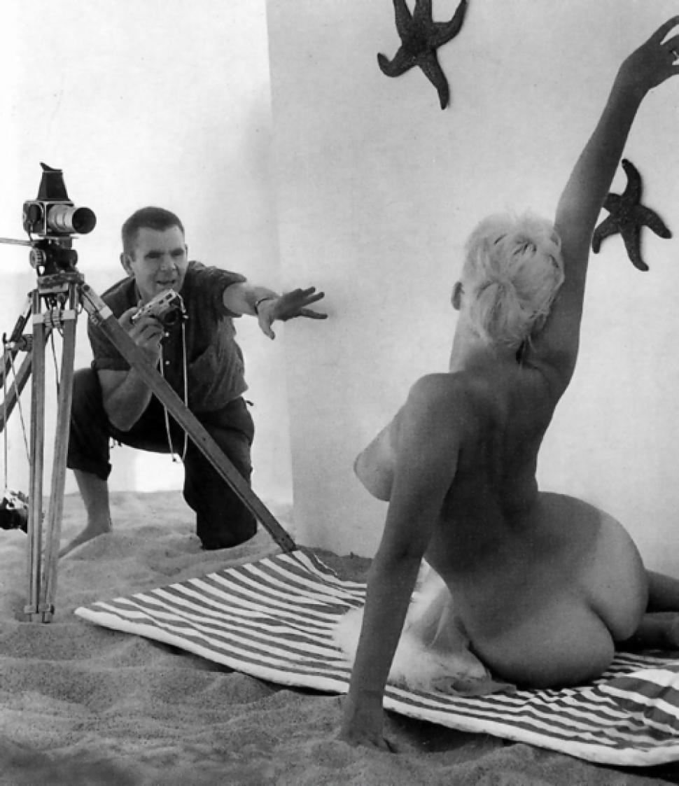 Russ Meyer... back in the day at work :) https://t.co/xa6UFhcmJH