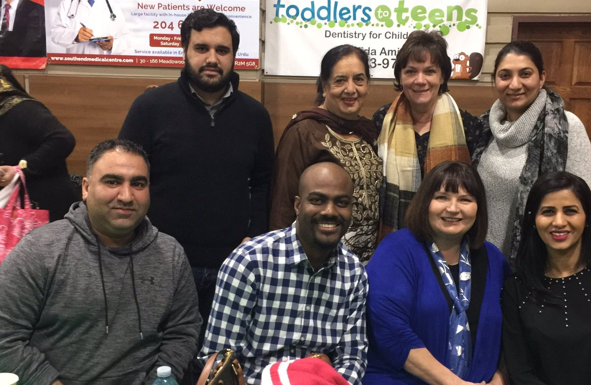 test Twitter Media - A great evening enjoying cultural food and conversation with friends at the Pakistani Foodarama. Enjoyed catching up with @Min_Squires and @JaniceLukes.  #BetterTogether #community https://t.co/18xZX3frO6