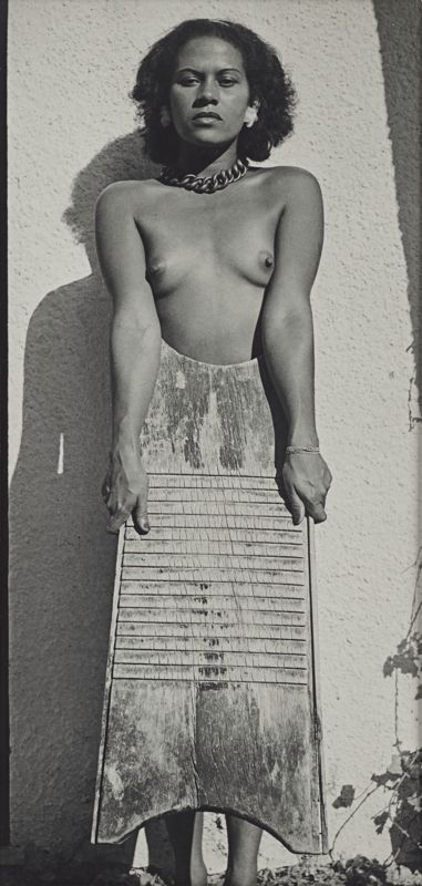 Man Ray - Adrienne with washboard, 1938 https://t.co/f40sRbUpEn