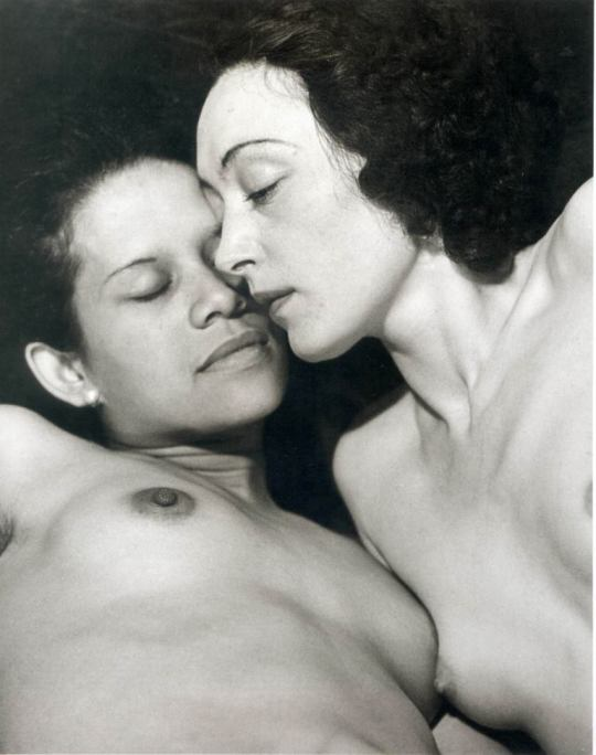 Man Ray - Ady and Nusch, 1937 https://t.co/wQoUtJJuCG
