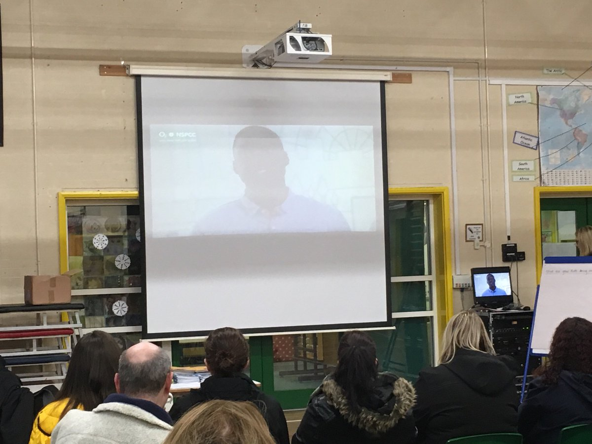 "test Twitter Media - Our Safer Internet Workshop for parents with @NSPCC & 02 is taking place this morning. ""Technology is amazing. There are some fantastic opportunities, children just need to do it safely and in an age appropriate way."" https://t.co/nVrKnHNKW8"