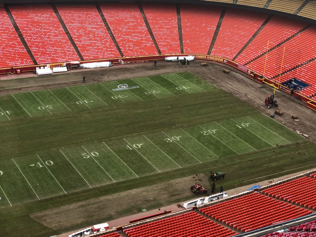 RT @kkwhb: Arrowhead re-sod.  I thought it takes two weeks, better move this game to LA. #chiefs https://t.co/tjytjgAaMN