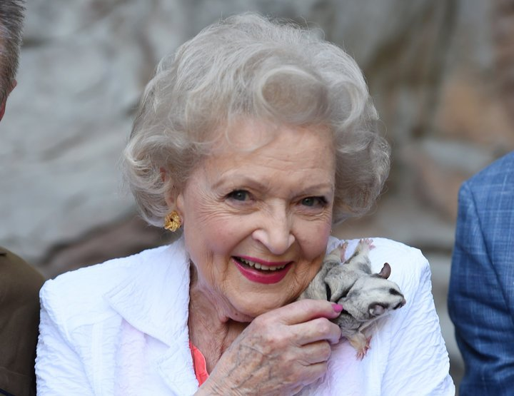 RT @jennychristodal: A BIG Happy 97th Birthday to the ONE and ONLY, Betty White!! #BettyWhite https://t.co/cNQTRh2pzx
