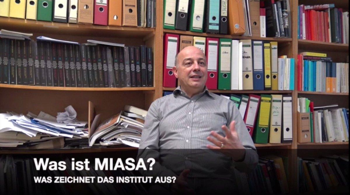 """test Twitter Media - Was ist #MIASA? Interview mit Prof. @mehler_a (@PW_UniFreiburg/@AbiFreiburg) zum Maria Sibylla Merian Institute for Advanced Studies in #Africa von C. Sallach. Erstellt im Rahmen des #Ringseminars """"Security-Development-Migration Nexus"""":  https://t.co/3lpz0sLQ3j #PoWi #PoWiLehre https://t.co/PrjFSfBgsQ"""