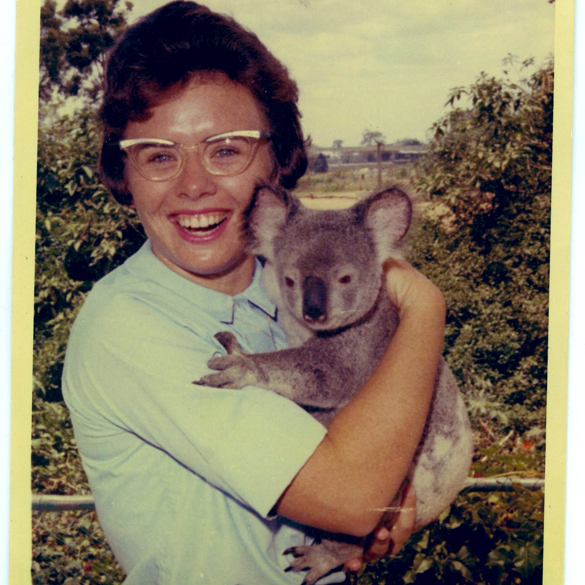 Aussies make the best friends. 🐨 #ThrowbackThursday https://t.co/uAnV1ArAy2