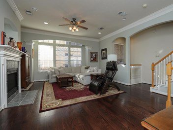 test Twitter Media - Blast #163704 Priced To Sell Townhome in Rice Military https://t.co/lGlSyYOyQF https://t.co/gA1n48MC0a