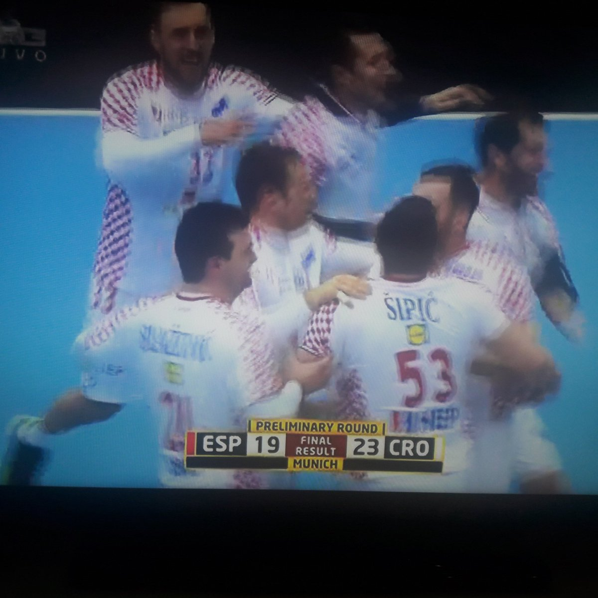 RT @BojciZg: Bravoooo @HRStwitt @HorvatZlatko !! #victory #HandballWM2019 #proudtobeCroat #iznadsvihHrvatska https://t.co/WjLN7T0HZZ