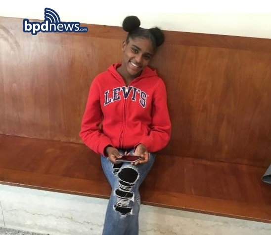 RT @bostonpolice: #MissingPersonAlert:  Maria Fernandez, 13, of Boston https://t.co/q9o4wojChk https://t.co/dtUEisbOWs