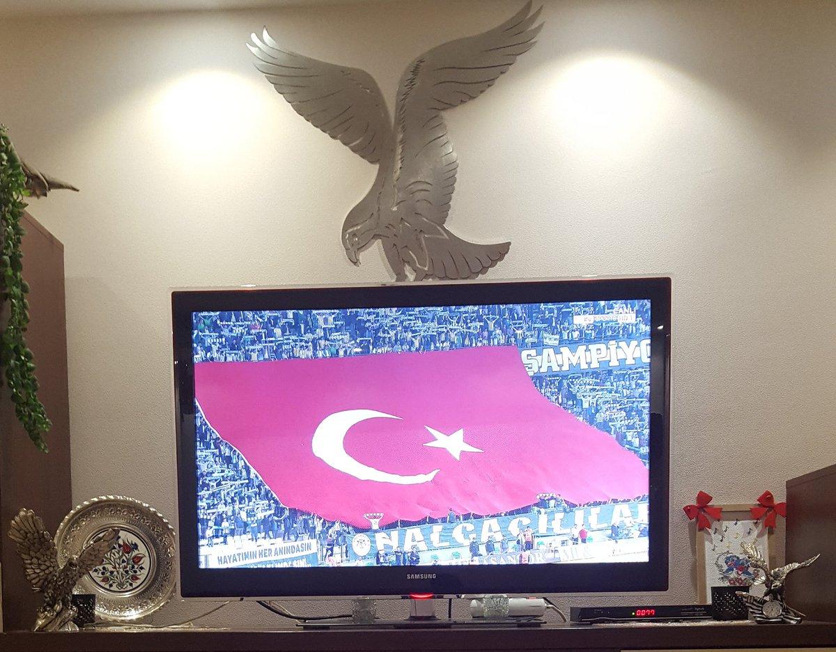 #KüfürFonu Millete karşı! #TFF Ve #HakemDüdüğü #Beşiktaş'a karşı!. #Başaramayacaksınız https://t.co/ehlmkhQs0s