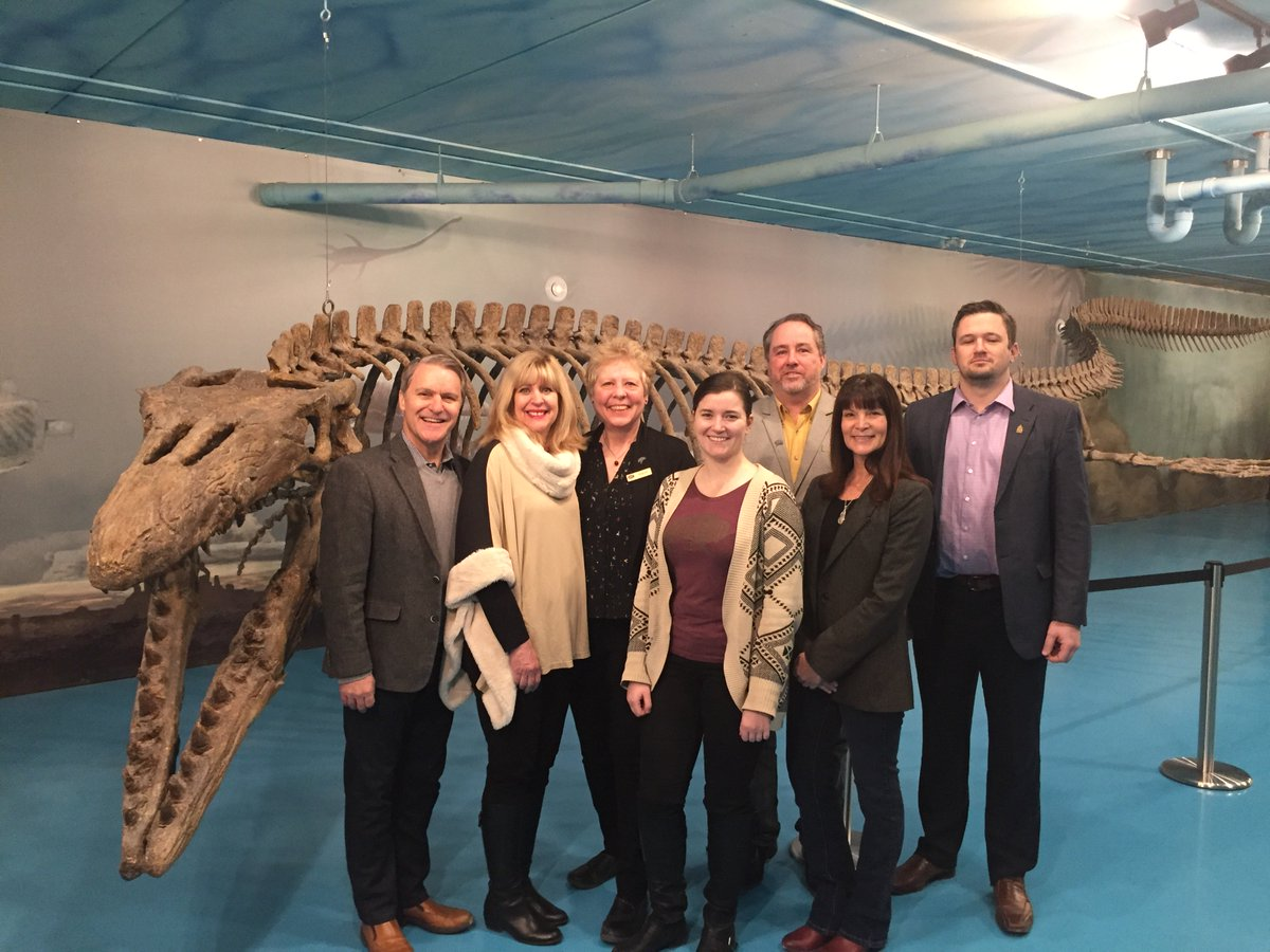 test Twitter Media - Pleased to welcome @Min_CathyCox to Canadian Fossil Discovery Centre (CFDC) in Morden. The @MBGov's new MB Heritage Trust Program is providing guaranteed match of $1 for every $2 raised ($10,000 in the case of CFDC) to create a new source of revenue to fund CFDC programs. #mbpoli https://t.co/oMITf8HFHa