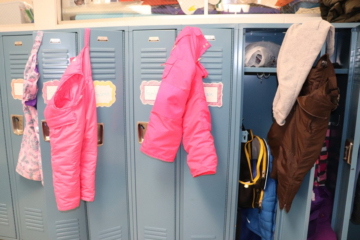 "test Twitter Media - ""Dance of the snow pants"" in Willowbrook's kindergarten hallways! #d30learns https://t.co/cwYZTPruf3"