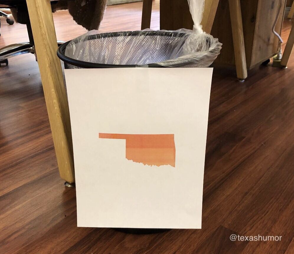RT @TexasHumor: People kept confusing the trash with the recycle bin, so I added a sign to the trash can. https://t.co/M4cS8ze7p1