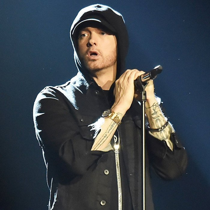 American rapper, Eminem sold more albums than any other artiste in the world in2018 https://t.co/1clOwdccY1 https://t.co/xKurHLSny4