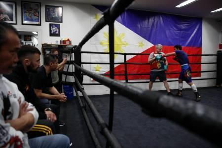 Pacquiao, con 40 años, se juega mucho anteBroner https://t.co/ggfagDVCpH https://t.co/xHYet9In4z
