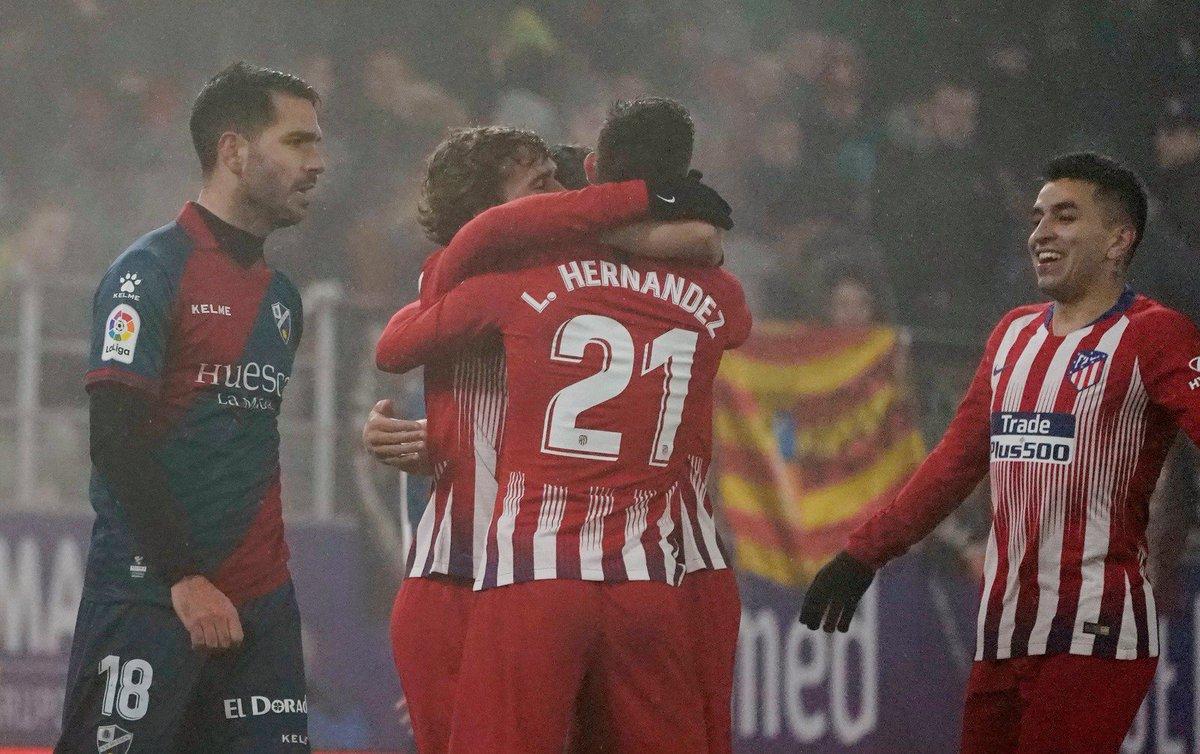 Atlético de Madrid vence Huesca e segue sua caça pela liderança do Campeonato Espanhol https://t.co/M54IzOL2bn https://t.co/omCV5HsZ2h