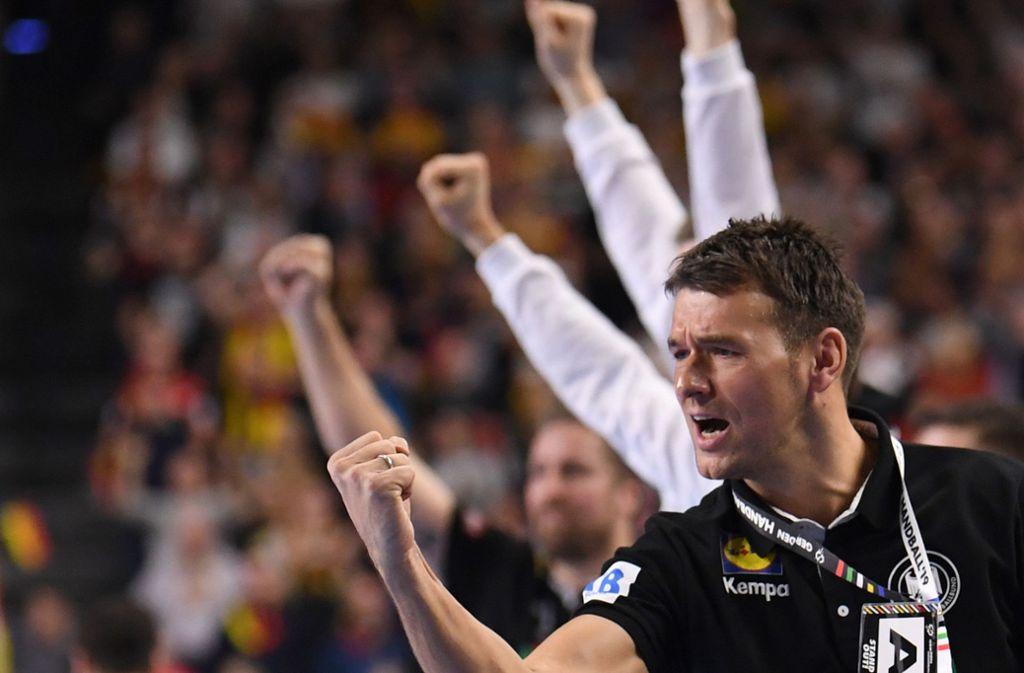 "Handball-Bundestrainer Christian Prokop: ""Das Spiel gegen Kroatien wird extrem emotional"" https://t.co/ekIdxuNnYE https://t.co/Bv9rJekEzy"