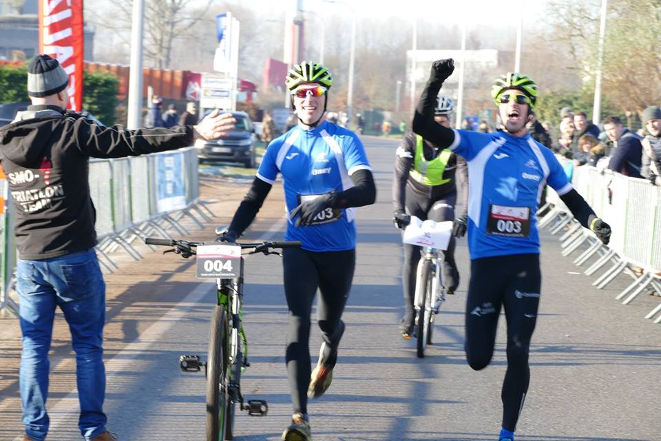 test Twitter Media - Na 8 jaar eindelijk de Omey broers in Run & Bike Eeklo. Verslag, uitslagen en foto's op #3athlonbe @SMO_specialized @HansOmey @Triatlon_3MD @_LTTD_ https://t.co/henTseM7EN https://t.co/dTt9W591ax