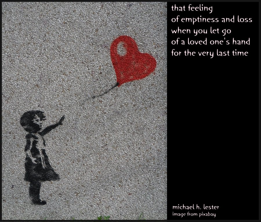 #tanka #kyoka #haiku #senryu #haiga #micropoetry  that feeling of emptiness and loss when you let go of a loved one's hand for the very last time https://t.co/5I5wLXOArX