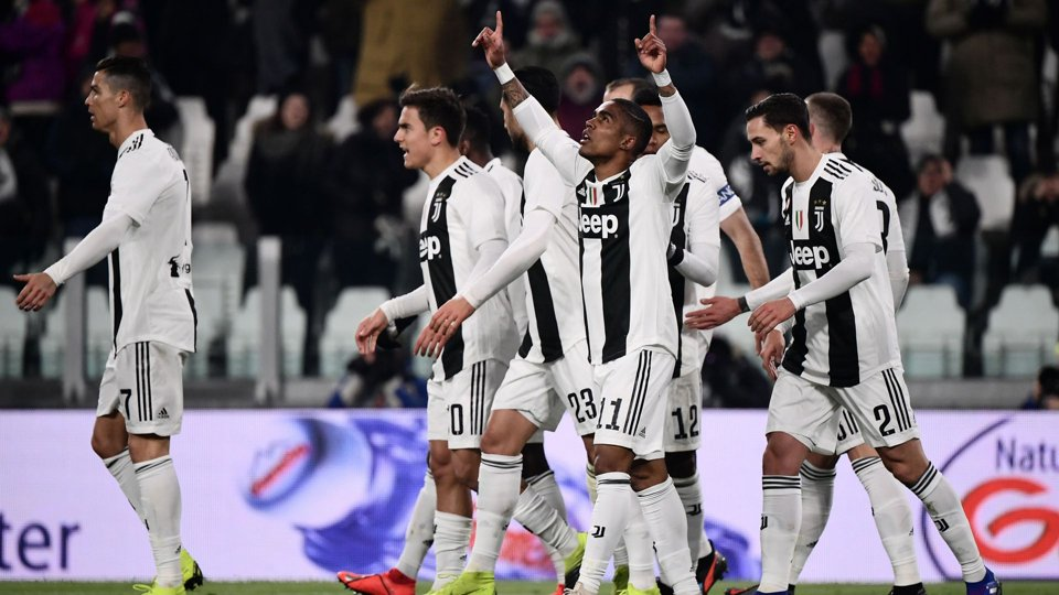 RT @GOAL_ID: HT: Juventus 2-0 Chievo - https://t.co/oK6vrUH7Nh #JuveChievo #MatchdayGoal https://t.co/mloEMOc2ku