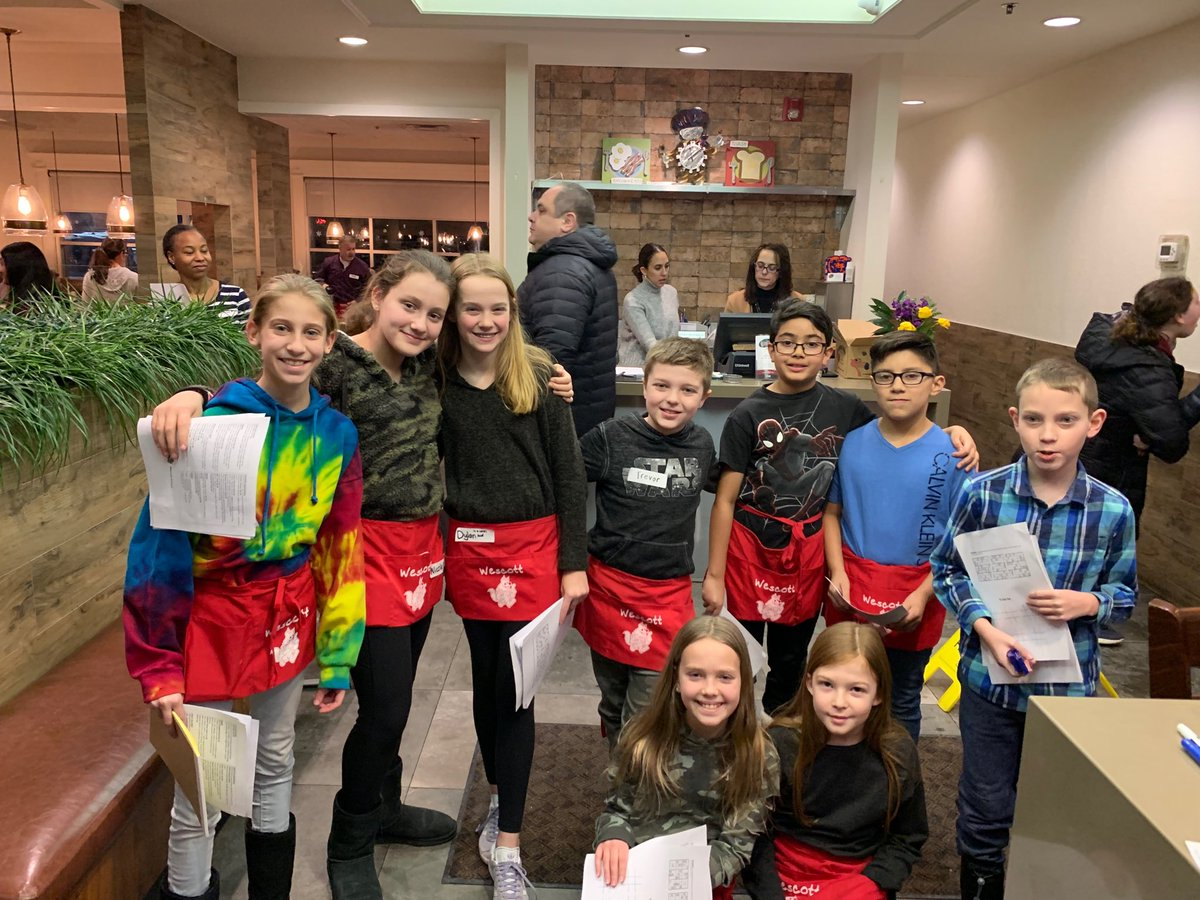 test Twitter Media - Fun night at Ellys Pancake House - thanks for to our PTO - especially the dads as waiters and these wescott wolves as hosts! #d30learns and eats! https://t.co/C0dBZ5UiZf
