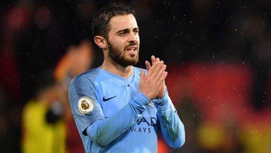 """Manchester City, Bernardo Silva : """"Je suis ouvert pour prolonger moncontrat"""" https://t.co/7SymZZLoXk https://t.co/qpcFl4ohID"""