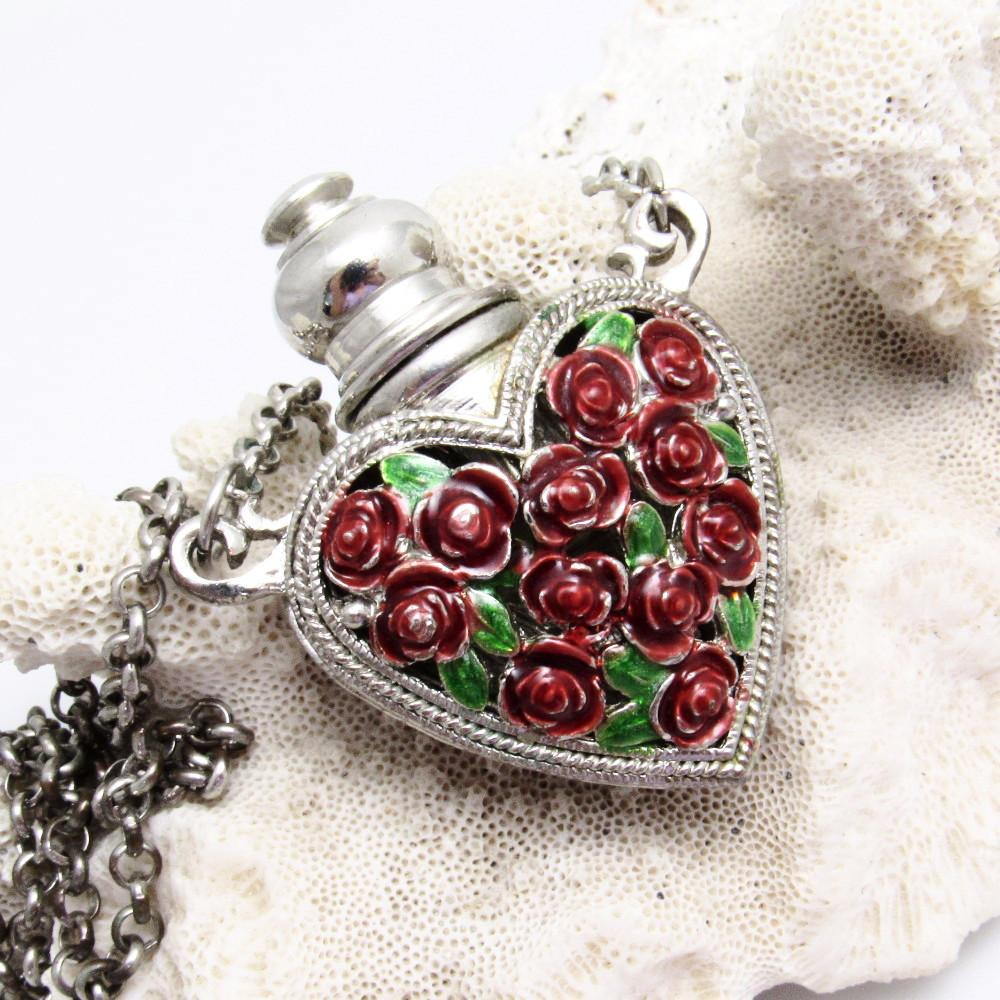 Rose Heart Perfume Bottle Pendant Necklace https://t.co/RtipSyBswn #vintagejewelry #jewelry #CottageChic https://t.co/6RTOtRAOwW