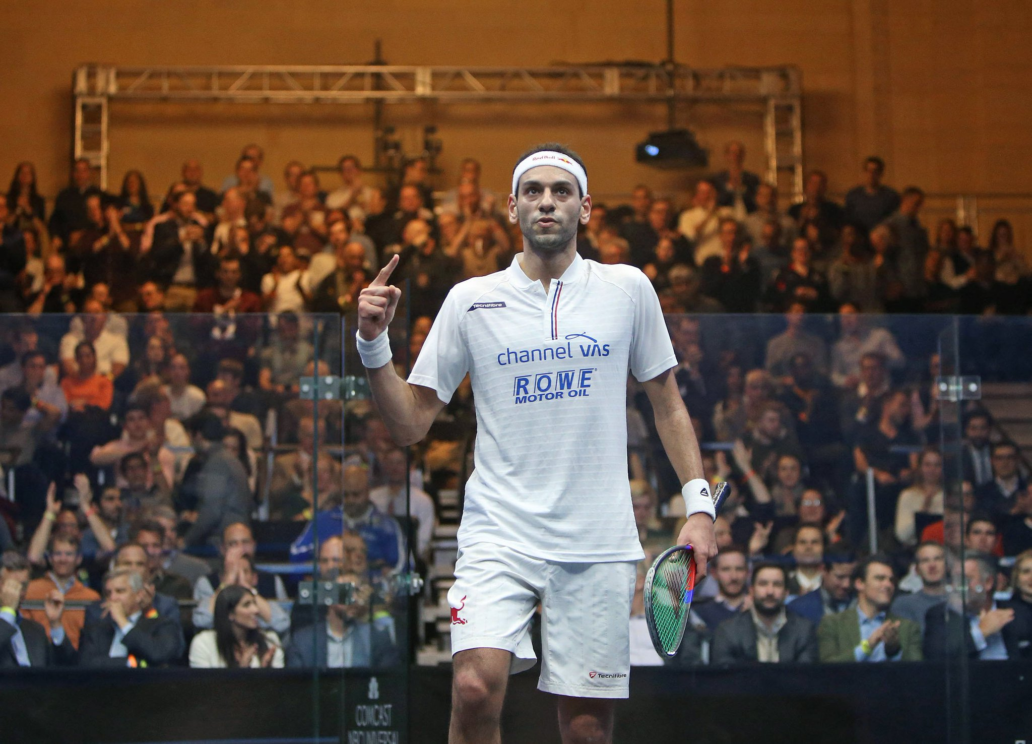 StatAttack: @MoElshorbagy is aiming to win his third @ToCSquash title - The Beast took the trophy in 2015 & 2016   @AliFarag is appearing in his first @ToCSquash final #ToCSquash #ToC19 https://t.co/jJGxNYeukx
