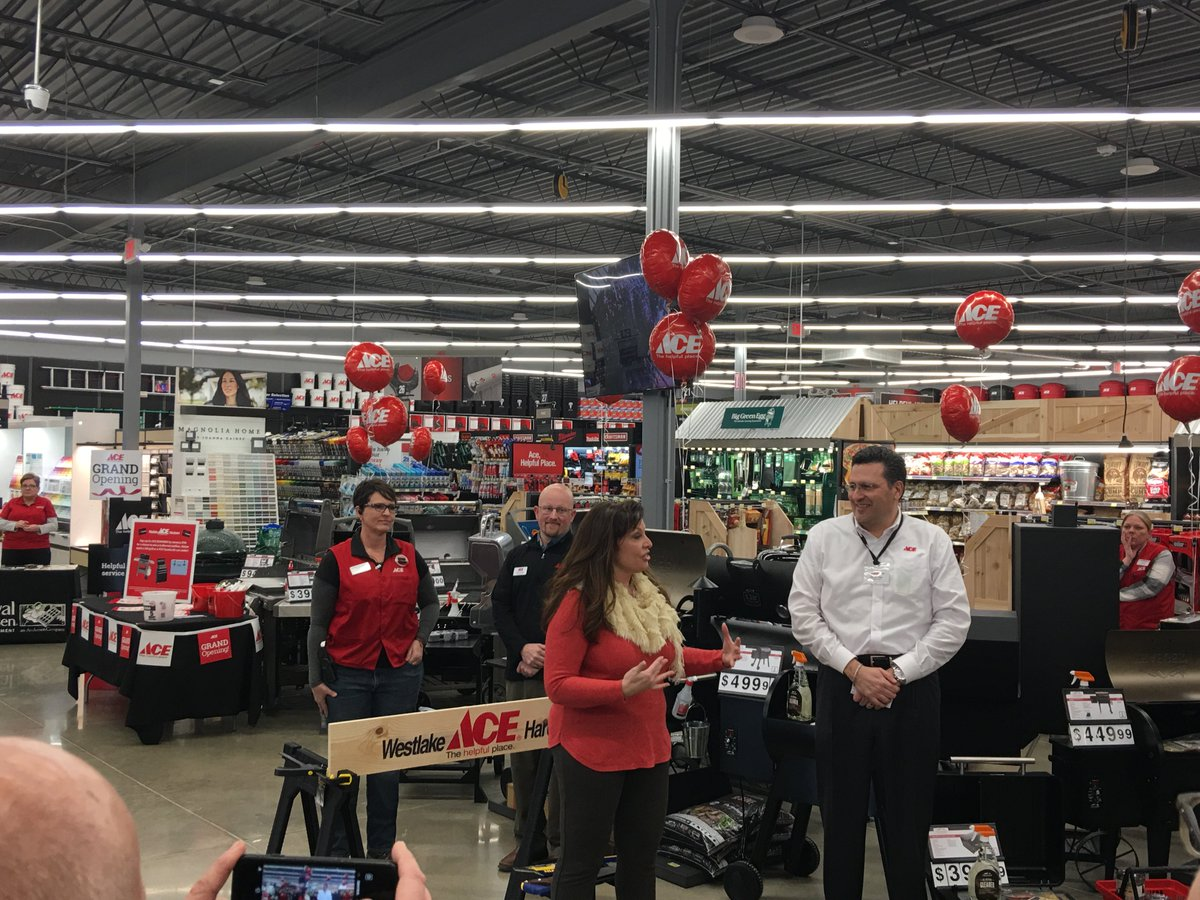 "test Twitter Media - We are excited to officially celebrate the @WestlakeAce store opening in @parkvillemo today! To paraphrase company President & CEO Joe Jeffries ""No ribbon cutting at a hardware store!"" https://t.co/qTNdwNPgxS"